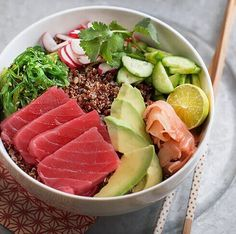 Sushi Deconstructed: Ahi Poke Bowl with Quinoa and Avocado - Family Spice Healthy Cooking, Healthy Eating, Cooking Recipes, Healthy Recipes, Ahi Tuna Poke, Food Bowl, Seafood Recipes, Asian Recipes, Food Inspiration