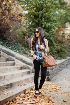 fall outfit: plaid shirt