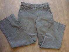 Šedé kalhoty, 122