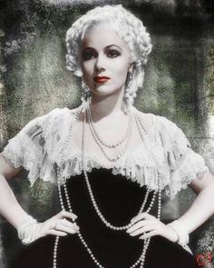 Dolores Del Rio as Madame Du Barry