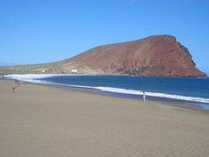 Playa de la tejita, montaña roja..El Médano.