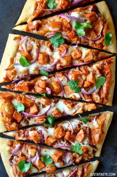 30-Minute Barbecue Chicken Pizza #recipe
