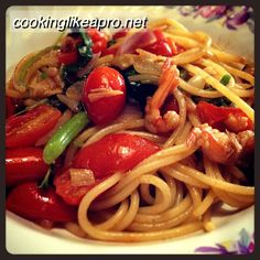 Cooking Pasta with Shrimps and Spinach #pastarecipe, #cookingpasta, #pasta, #shrimps, #spinach