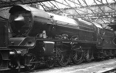 Well aerodynamically it is. Steam Trains Uk, 10 Year Plan, Railroad History, Steam Railway, British Rail, Alternate History, Steam Engine, Steam Locomotive, Diesel Engine