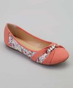 Take a look at this Coral Floral Sun Flat I bought at zulily today!