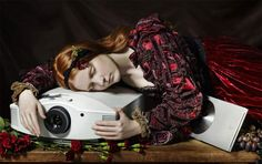 most beautiful gadgets: Sony projector Overlapping Art, Francois Xavier, Age Of Enlightenment, Cinema Experience, Cool Magazine, Image Processing, Home Movies, Art And Technology, France