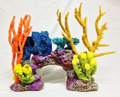 60 x 13 x 31 DIY reef inserts are made of high quality Eco-friendly materials that will last many years with very little up keep. Coral Fish Tank, Fish Tank Terrarium, Aquarium Pictures, Wall Aquarium, Under The Sea Decorations, Sea Plants, Aquarium Decorations, Mermaid Parties, Work Activities