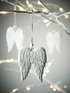 Five Hanging Carved Angel Wings Clay Christmas Decorations, Christmas Colors, All Things Christmas, Winter Christmas, Christmas Time, Christmas Crafts, Christmas Ornaments, Polymer Clay Crafts, Diy Clay