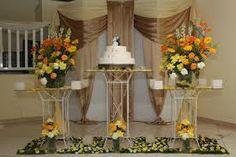 Resultado de imagem para enfeite de mesa bodas de ouro