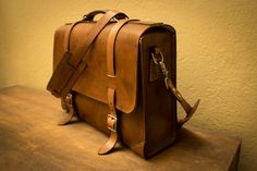 Always wanted to create a convertible briefcase/backpack and just wasn't sure about how exactly to construct it?  Check out this leathercraft Instructable!