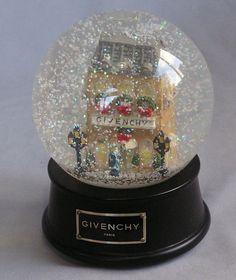 """GIVENCHY SHOP 6"""" MUSICAL SNOW GLOBE WATER BALL PARIS 1999 RARE LTD EDITION MIB!"""