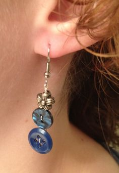 Blue Retro Button Dangle Earrings by HPButtoncraft on Etsy, $7.00 diy supplies: buttons: http://www.ecrafty.com/c-757-buttons.aspx jump rings: http://www.ecrafty.com/c-201-jump-rings-split-rings.aspx ear wires: http://www.ecrafty.com/c-153-earring-wires.aspx