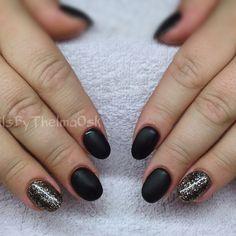 Dark brown matte gel nails witj dark black gold glitter @nailsbythelmaosk