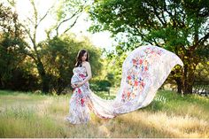 Floral wrap with long flowing train. Maternity Portraits, Maternity Session, Maternity Photography, Maternity Wardrobe, Pregnancy Wardrobe, Baby Bump Photos, M Photos, Studio Portraits, Newborn Photographer