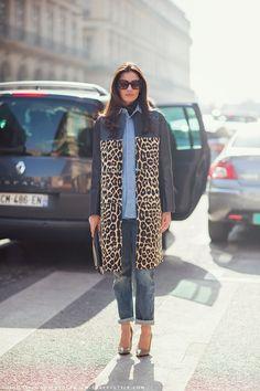 Leopardo + denim es una de nuestras mezclas favoritas.