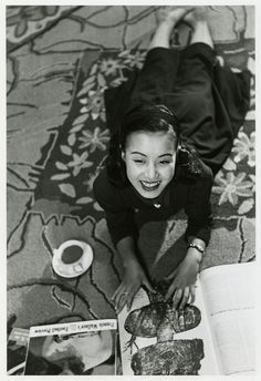 Tadahiko Hayashi / Hibari Misora Japanese Photography, Vintage Photography, Fan Ho, William Klein, Japanese Film, People Of The World, Japanese Culture, Vintage Pictures, Vintage Beauty