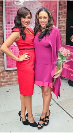 tia and tamera via realitytvfashion.com