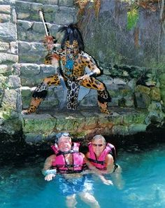 5 tips to make the best of Xcaret Park from an insider's point of view.