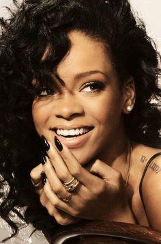 Rihanna lockscreen 👐 shared by P on We Heart It Rihanna Nails, Rihanna You, Style Rihanna, Rihanna Fenty, Rihanna Swag, Rihanna Fashion, Beyonce, Good Girl Gone Bad, Jenifer Lawrence