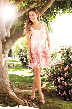 Lauren Conrad - If I could be anyone, it would be her. I love her appearance, style, attitude & drive. She's def someone I look up to.