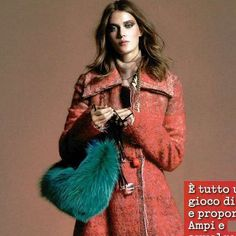 #SaraBattaglia Sara Battaglia: Teresa bag-GLAMOUR ITALIA @glamouritalia @simoneguidarelli ❤️