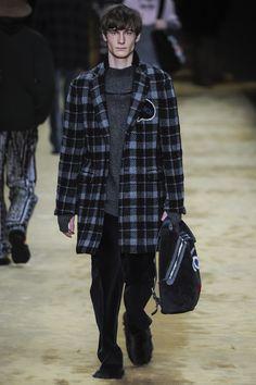 Fendi Fall 2016 Menswear Fashion Show