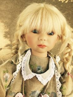 Annette Himstedt Kinder Doll - Beautiful Klarchen Gorgeous Girl 84/713 Adorable