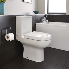 Cityspace close coupled WC inc soft-close seat