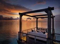 Jumeirah Vittaveli Resort, Maldives - Fenesse Restaurant