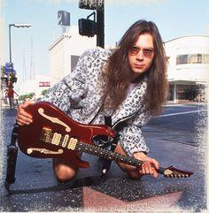 Paul Gilbert* Ibanez PGM500 Rock N Roll, Paul Gilbert, Mr Big, Best Guitarist, Ibanez, Hard Rock, Guitar Players, Guitar Hero, Masters