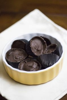 Sunflower- (or Almond) Butter Cups