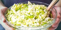 Food Inspiration, Cabbage, Vegetables, Fitness, Cole Slaw Vinegar, New Recipes, Chef Recipes, Vegetarian Recipes, Cabbages