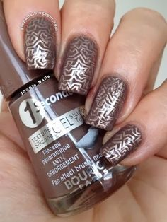 GioNails: Review Messy Mansion Stamping Plates
