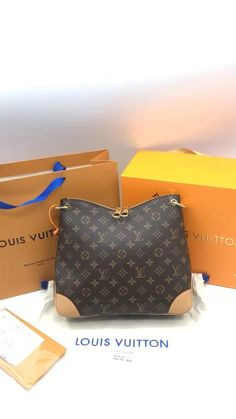 Louis Vuitton Speedy, Louis Vuitton Handbags, Louis Vuitton Damier, Luxury Suv, Luxury Yachts, Boujee Aesthetic, Chanel Backpack, Fake Pictures, Luxury Packaging