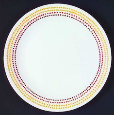 Correlle Dishes, Dot Band, Pattern Code, Solid Background, Cereal Bowls, China Dinnerware, How To Take Photos, Spicy, Dots