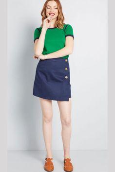 Pieghe, balze, denim, sportive, cutout, mod, a-line: le minigonne estive di quest'anno si ispirano più che mai al vintage. Ecco i 5 stili top! Vintage Trends, Cotton Skirt, Retro Outfits, Modcloth, Hue, Denim Skirt, High Waisted Skirt, Mini Skirts, Street Style