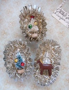using tart tins for Christmas ornaments