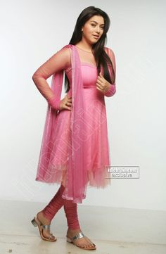 South Indian Actress Hot, Beautiful Indian Actress, Tight Dresses, Nice Dresses, Patiala Suit Designs, Hollywood Girls, Indian Designer Suits, Muslim Dress, Anarkali Dress