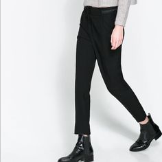 ZARA BASIC Black Creased Pleated Drawstring Pants ZARA BASIC Black Creased Pleated Drawstring Pants-small, the waist looks like leather but its more of a ribbon (see last picture), worn once Zara Pants