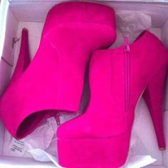 Hell Yeah Pink Things ♥