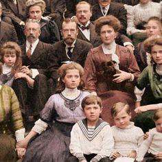 The Romanov Royal Family Tsar Nicolas Ii, Tsar Nicholas, Anastasia, Vintage Photographs, Vintage Photos, La Familia Romanov, Mode Russe, Romanov Sisters, House Of Romanov