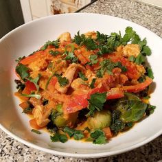 Tonight's dinner  Thai Red Chicken curry on a bed of veg including kale brussel sprouts & carrots  #lowcarb #keto #lchf #paleo #glutenfree #sugarfree #foodphotos #foodphotography #realfood #food #nutrition #fitfam #lc #healthy #healthychoices #foodblogger #cleaneating #eathealthy #livinglowcarb #lowcarbhighfat #lowcarbdiet #healthyfood #primal #ketolife #paleoeats #paleolifestyle #fitness #eatclean #cooking