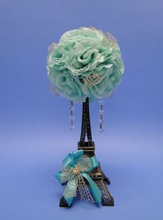 Eiffel Tower centerpieces help you share the Paris quinceanera theme with your guests Paris Quinceanera Theme, Quinceanera Planning, Quinceanera Decorations, Quinceanera Party, Paris Theme Centerpieces, Eiffel Tower Centerpiece, Paris Themed Birthday Party, Paris Party, 13th Birthday