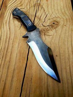 Joe Loui Knives  http://www.joelouiknives.com/
