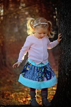 Free Sophia Skirt Pattern featuring Lulabelle fabric designed by Dodi Lee Poulsen for Riley Blake Designs #iloverileyblake #lulabelle