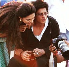 #TB Shah Rukh Khan & Deepika Padukone from the sets of Chennai Express