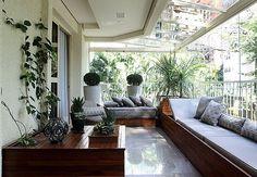 Eu seria muito feliz com essa varanda!!