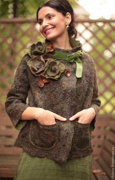 Верхняя одежда ручной работы. Весна в Париже (зелень). Irena Levkovich WoolWonders. Ярмарка Мастеров. Трапеция, свободное пальто