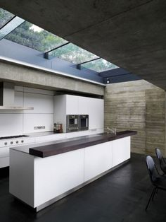 Maximizing Light With Skylight Design Ideas : Modern Kitchen Skylight Design Ideas