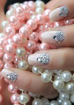 Diamond Pearl Nails I tried this it looks so pretty. U can use nail art stickers for the diamonds